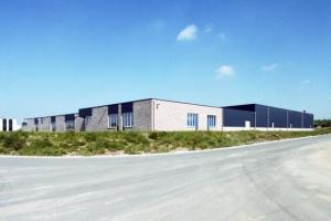 3_industriebouw_kantoren_fabriekshal_vecomo__tmb