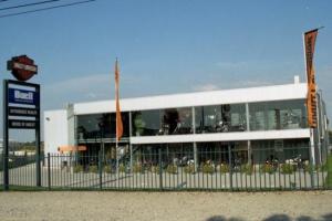 2_construction_industrielle_garage_showroom_harley__tmb