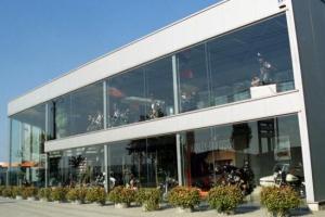 3_construction_industrielle_garage_showroom_harley__tmb