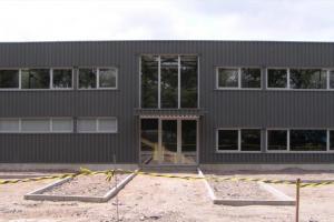 5_construction_industrielle_bureaux_hall_de_production__tmb
