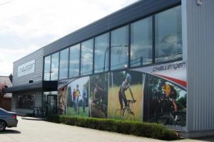 batiment_industriel_showroom_action_sports_2_tmb