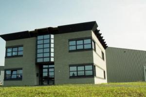 construction_industrielle_bureaux_-_hall_de_production__tmb