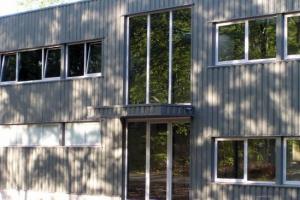 construction_industrielle_bureaux_hall_de_production__tmb