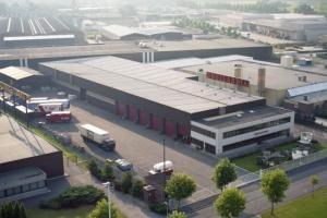industriebouw_kantoren_werkplaats_dhollandia__tmb